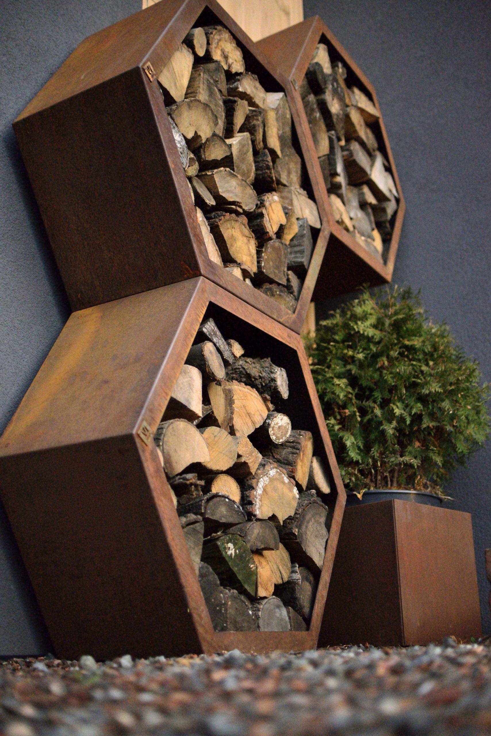 Cortenstaal houtopslag